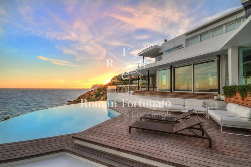 F75 – Villa Personal – Vista Alegre – Direct access to the sea – 7